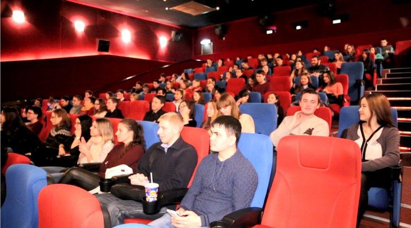 Фонд кино выделил 1 млрд рублей на модернизацию кинотеатров в небольших городах