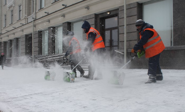 Лопаты для уборки снега алюминий