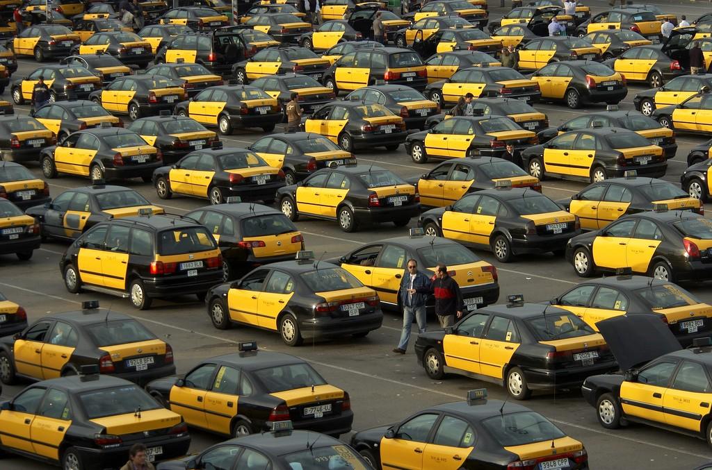 YouDrive запускает каршеринг для водителей такси