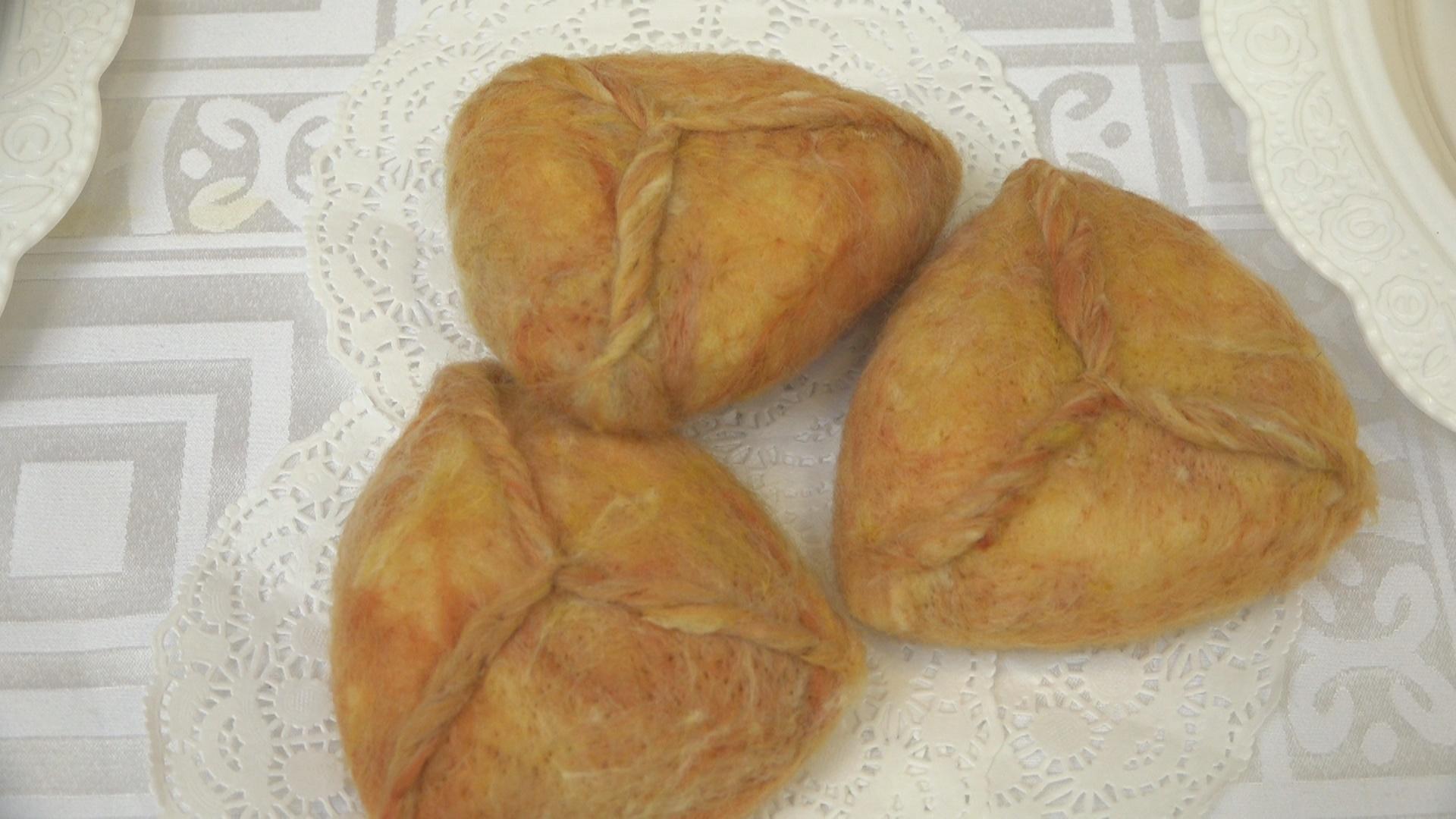 Национальные блюда сделаны из войлока.